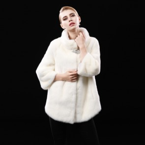 White Whole Mink Fur Coats Medium Length